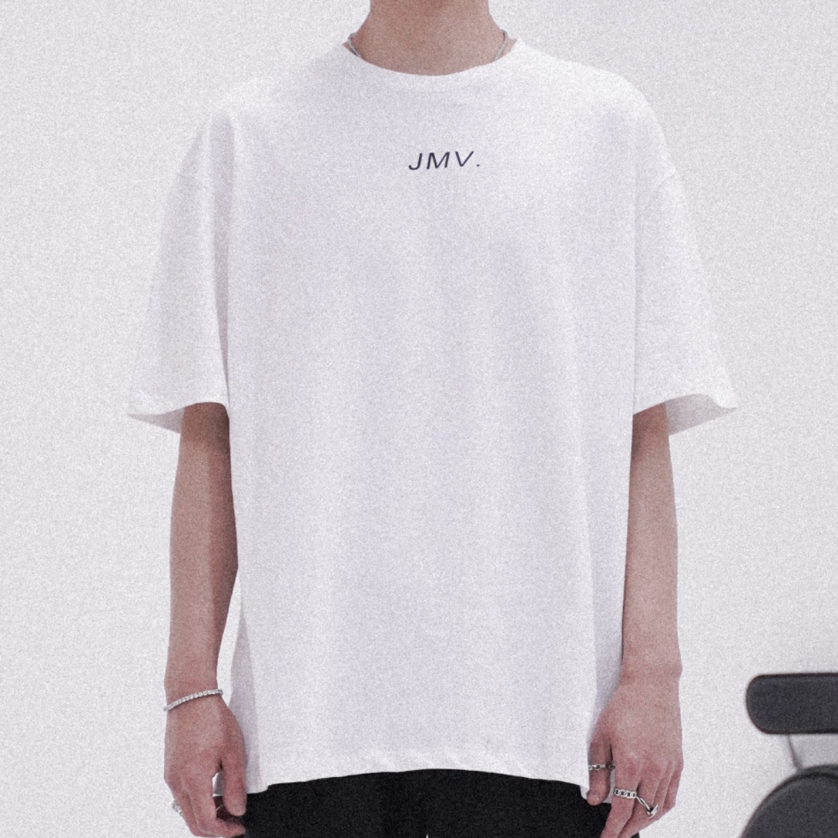 "POP UP SERIES "" JMV . "" SHIRT_ WHITE"