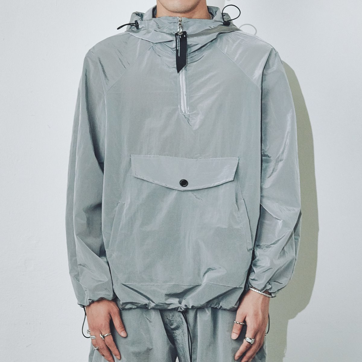 "FOURTH SEASON ""WATERPROOF METALLIC ANORAK"" #GRAY"