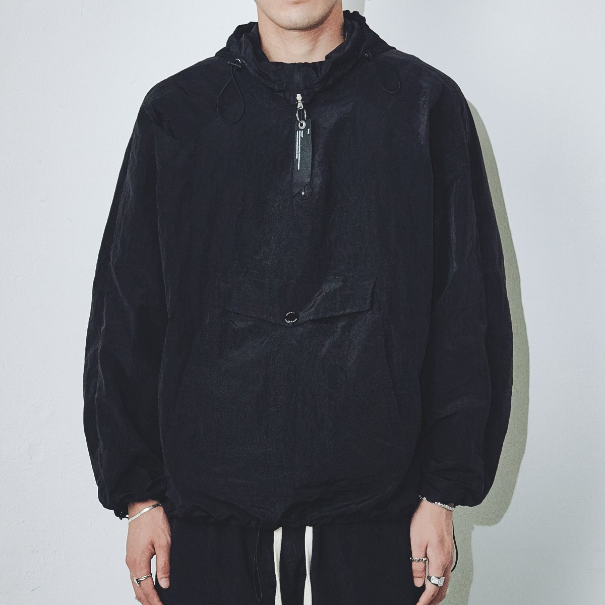 "FOURTH SEASON ""WATERPROOF METALLIC ANORAK"" #BLACK"